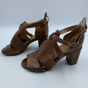 Seychelles 6.5 Sandals Heels Shoes Leather Stacked